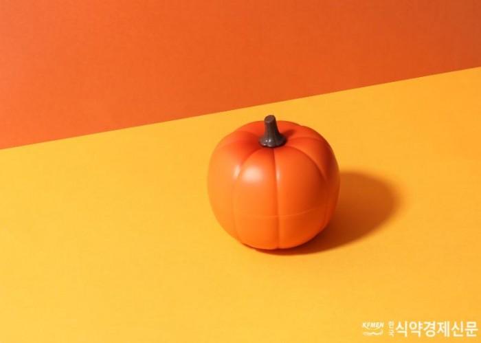 사진-1 토니모리 호박즙 반쪽 크림 이미지.jpg