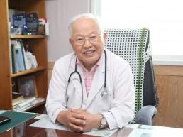 청산도 생명 지키는 '백발의사' 이강안 원장, 제7회 성천상 수상